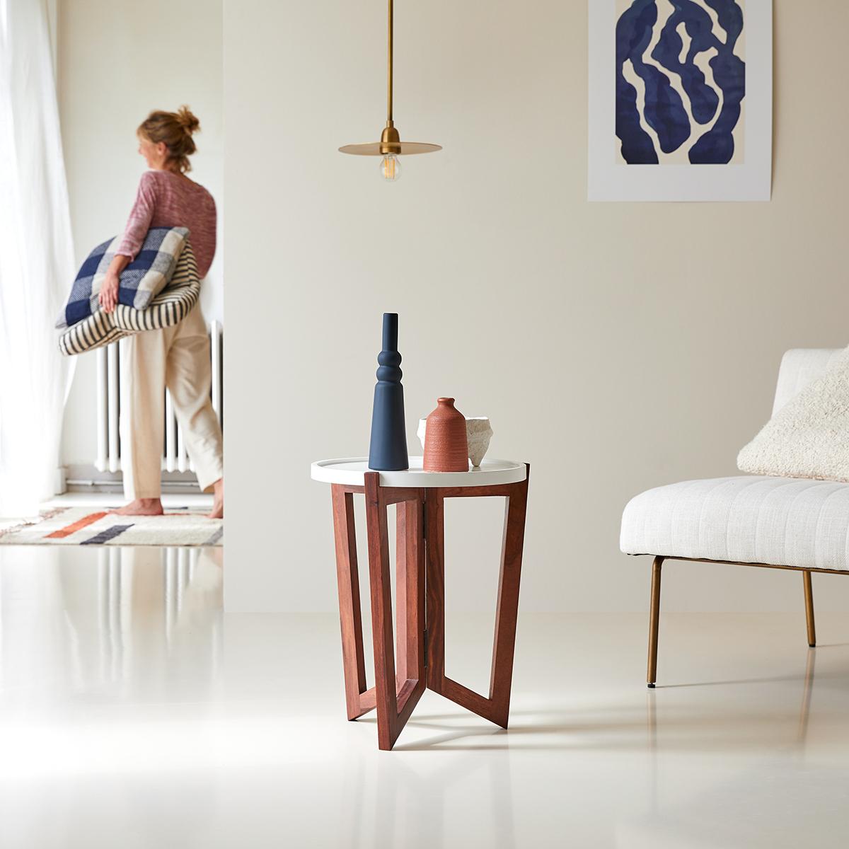 Bout de canapé en palissandre Niels blanc